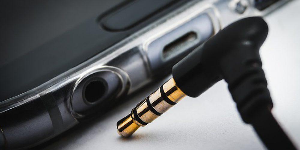 Tesla Powerwall Kablosuz Akıllı Telefon Şarj Cihazı, Yeniden Satışta!